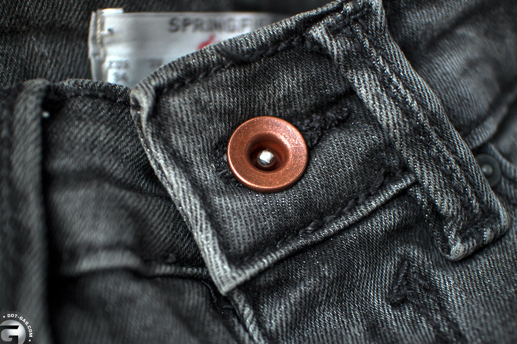 women_antique_jeans_button