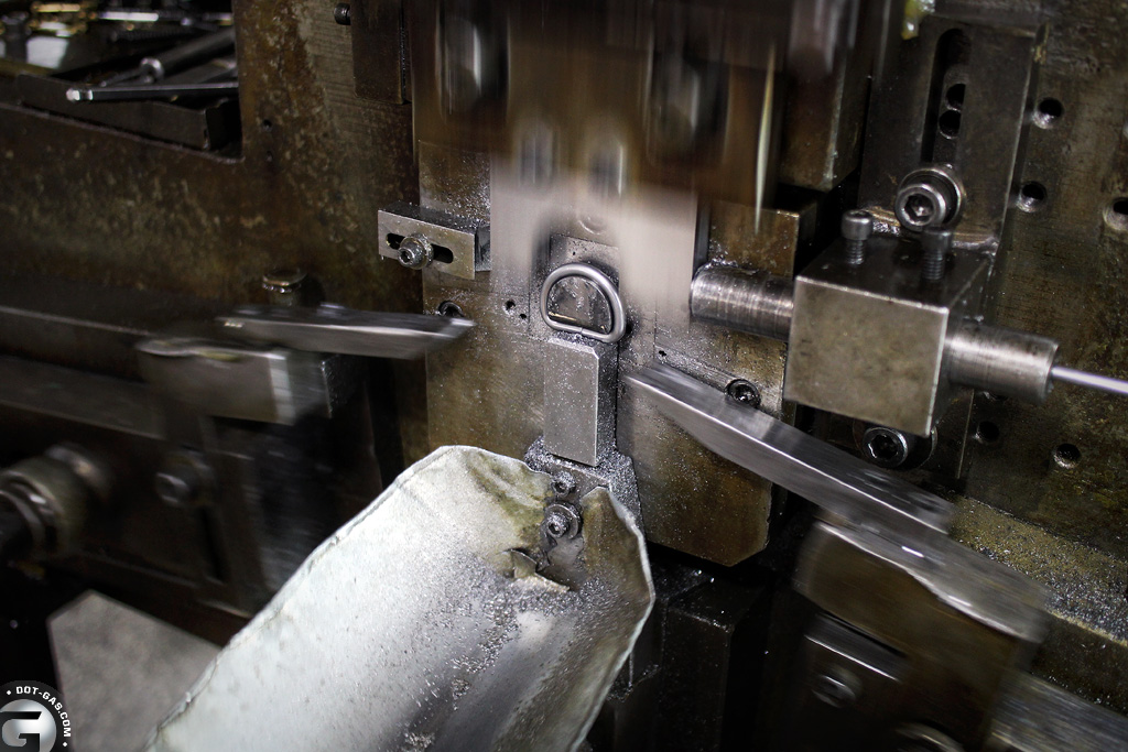 D-ring_forming_process